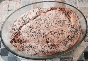 Focaccia con cipolle e olive nere