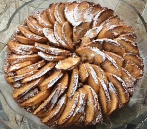 torta di mele e pane raffermo