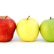 Three apples different colors looks like traffic light